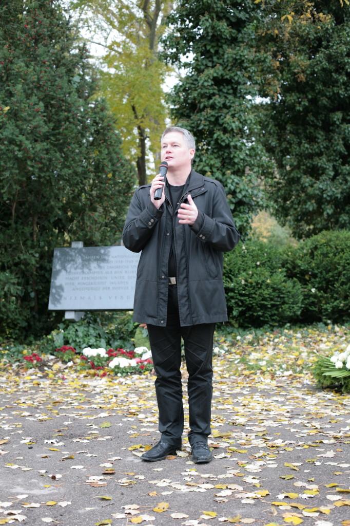 David Ellensohn bei der Festrede, Kagran 2010 (Foto: Alexander Wallner)