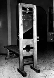 Guillotine im Wiener Landesgericht, undatiert. Quelle: Dokumentationsarchiv des österreichischen Widerstands