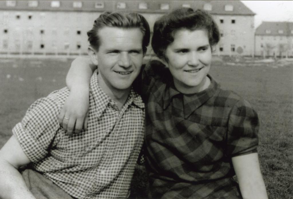 Franz Scheider mit seiner Jugendfreundin und späteren Ehefrau Dora, geb. Ettmeier, undatiert.  Quelle: Privatarchiv Hans-Peter Klausch