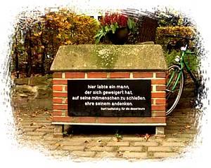 Denkmal in Karlsruhe / Foto: www.museenkoeln.de