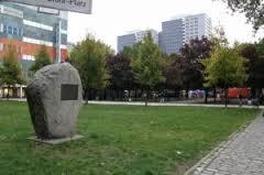 Gedenkstein für Hermann-Stöhr, gesetzt 1998. Quelle: www.gedenktafeln-in-berlin.de