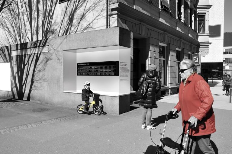 """Voransicht und Fotomontage des Denkmals - Quelle: <a href=""""http://www.kulturzeitschrift.at/kritiken/aktuell/natasa-siencnik-gestaltet-widerstandsmahnmal-in-bregenz"""">Link Kulturzeitschrift.at</a>"""