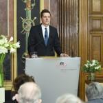 Thomas Geldmacher (Personenkomitee) bei seiner Dankesrede. (Fotorechte: Parlament)