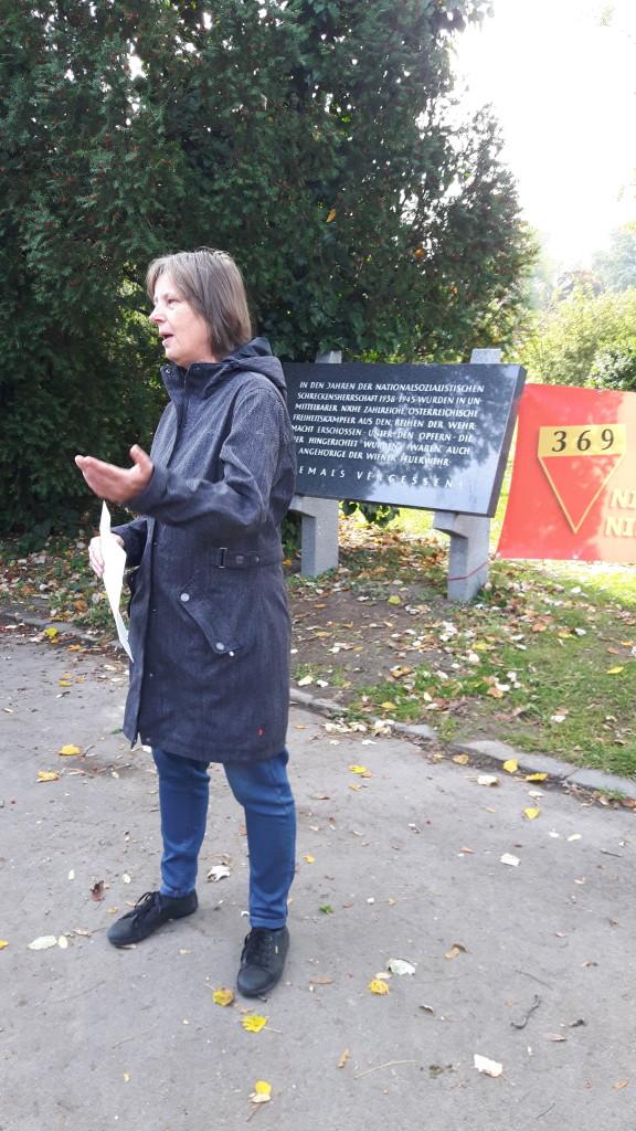 Andrea Stangl berichtet aus ihrer Arbeit in der Bezirksvertretung  - Kagran 2017  (Foto: Archiv Personenkomitee)